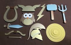 Greek Gods And Goddesses, Greek Mythology, Drama For Kids, Art For Kids, Greek Myths For Kids, Ancient Greece Crafts, Greece Party, Projects For Kids, Crafts For Kids