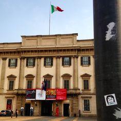 Milano, Palazzo Reale.   #qbestyle #tshirts #tee #qbestyler #wear #style #stylish #graffiti #italy #travel #streetart #italianstyle #outfit #fashion #stickers #milano #milan #ilovemilano #art  qbestyle.com