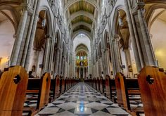 Un universo paralelo. Esfera: Catedral de la Almudena. Espiritual.