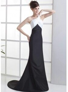 fashion OS black and white gown