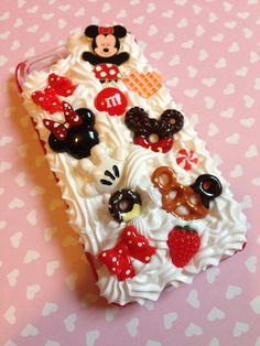 Disney Minnie Mouse decoden iPhone 5 case by RainbowFluff on Etsy