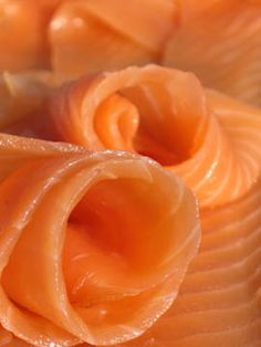 smoked salmon- great for starters! serve with low fat cream cheese or cottage cheese for a calcium rich starter on a whole wheat cracker. Salmon For Baby, Smoked Salmon Pate, Raw Salmon, Sushi Ingredients, Low Fat Cream Cheese, Tasty, Yummy Food, Orange Crush, Appetisers