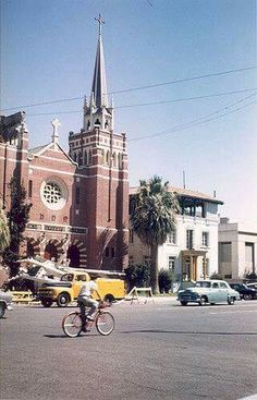 First Baptist Church, Bakersfield Earthquake 1952, Bakersfield, California.