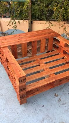 azaleas landscaping how to grow Pallet Furniture, Garden Furniture, Outdoor Furniture, Outdoor Decor, Furniture Ideas, Outdoor Pallet, Porch Furniture, Furniture Design, Old Pallets