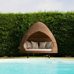 Summer hut to relax by the pool