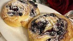 Šneci s malinami a čokoládou   Bez lepku Bagel, Latte, Muffin, Bread, Breakfast, Food, Breakfast Cafe, Muffins, Meal