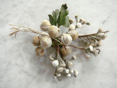 Vintage 1950's millinery flower beige velvet berrys pods buds green leaves