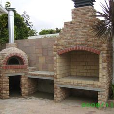 s wood burning pizza ovens italoven жилые комнаты н Outdoor Cooking Area, Pizza Oven Outdoor, Outdoor Kitchens, Backyard Bbq Pit, Built In Braai, Open Fire Cooking, Brick Bbq, Outdoor Fireplace Designs, Four A Pizza