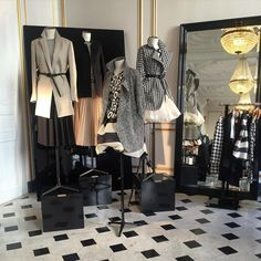 "YESTERDAY'S SHOWROOM SESSIONS, Paris,France, ""A Noir et Blanc moment ..."", (Paris Fashion Week), pinned by Ton van der Veer"