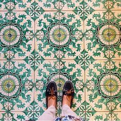 Have this thing with tiles. Amazing pic by @elisa_monti // keep tagging #ihavethisthingwithtiles #fwisfeed #feet #lookyfeet #lookyfeets #lookdown #selfeet #fwis #fromwhereyoustand #viewfromthetop #ihavethisthingwithfloors #viewfromthetopp #happyfeet #picoftheday #photooftheday #amazingfloorsandwanderingfeet #vsco #all_shots #lookingdown #fromwhereonestand #fromwherewestand #travellingfeet #fromwhereistand #tiles