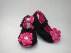 Black and Pink Baby Sandals on Etsy, $15.00