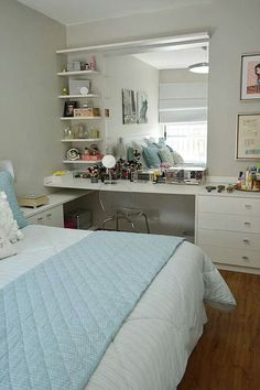 New makeup table ideas beauty room shelves ideas Home Bedroom, Bedroom Decor, Bedrooms, Bedroom Storage, Bedroom Ideas, Master Bedroom, Beauty Room, Dream Rooms, Dream Bedroom