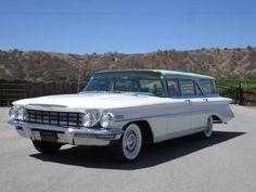'60 Oldsmobile Dynamic 88 Wagon w/ 371 V8 and Jetaway automatic transmission