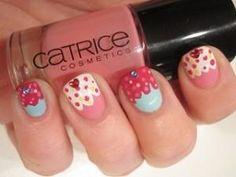 Cute cupcake nails @Luuux