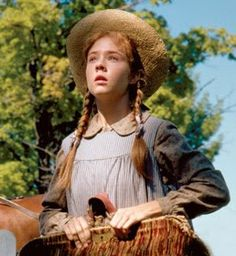 Its a Wonderful Movie: Anne of Green Gables - Movie Review  one of my all time favorite movies