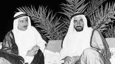 Cheikh Zayed d'Abu Dhabi (à gauche) et Cheikh Rachid de Dubaï en 1971.