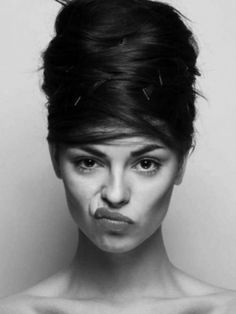 facial expressions show something else Face Reference, Photo Reference, Foto Portrait, Portrait Photography, Black And White Portraits, Black And White Photography, Poses, Expressions Photography, Model Foto