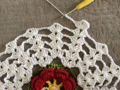 Trilho de mesa - caminho de mesa com flor rasteirinha - passo a passo (38)