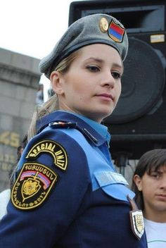 Women serving in the RA Police http://forum.hyeclub.com/