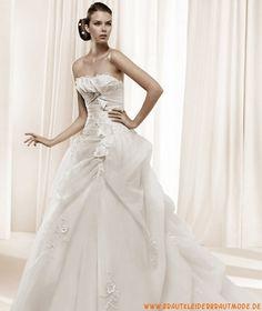 Schönste luxuriöse Brautkleider aus Satin und Softnetz mit Kapelleschleppe Ruffle auf Kleid