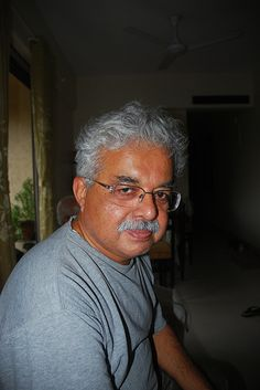 The Indiblogger Man of Peace Magic Eye ..Reticent Lowprofile Shy Best Street Photographer of Mumbai