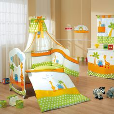Fabulous Farbenfrohes Babyzimmer Giraffe und Elefant Mit besonderem Babybett aus Buchenholz und passenden