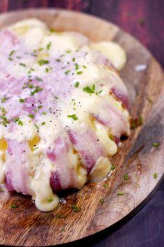 Gâteau de raclette, un plat délicieux à base de pommes de terre, lard et fromage à raclette : Recette de gâteau de raclette - Marmiton #marmiton #recette #fromage #raclette #lard #pommedeterre