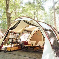 女性で、3LDKの野田琺瑯/雑貨/暮らし/ケヴンハウン/ケメックス/キャンプ…などについてのインテリア実例を紹介。「キャンプに来てます★3日間限りの我が家です★  いつも階段下の棚はキャンプでも大活躍です★」(この写真は 2015-08-15 17:56:49 に共有されました)