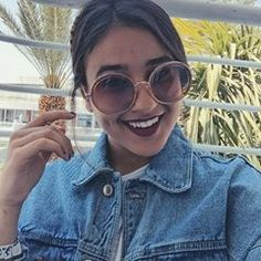 Huge r Ma fav Round Sunglasses, Mens Sunglasses, Girly Pictures, Girl Poses, Photos, Instagram, Style, Girls, Fashion