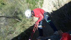 Práctica en Protección Civil Escobedo utilizando casco EOM Blanco con goggles ESS. EMS Mexico  Equipando a los Profesionales