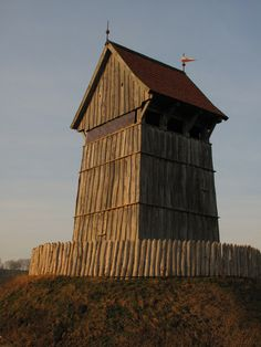 Lookout Tower, Timber Frame Homes, 11th Century, Fortification, Medieval Castle, Historical Architecture, Prehistory, Ancient History, Towers