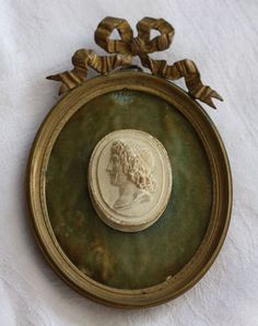 Antique Decorative Picture Frame with Plaster Cameo & Ribbon Decoration