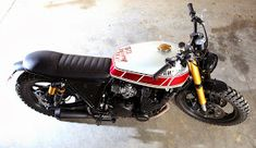 XJ 900 by Tarmac Custom Motorcycles - RocketGarage - Cafe Racer Magazine Yamaha Cafe Racer, Xj Yamaha, Honda Cbx, Cafe Racers, Cafe Racer Magazine, Scooters, Custom Cafe Racer, Cb750, Street Tracker