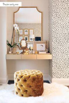 Table vanity white bedroom