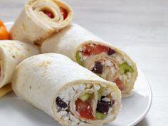 Wraps mit Feta-Gemüsefüllung ist ein Rezept mit frischen Zutaten aus der Kategorie Gemüse. Probieren Sie dieses und weitere Rezepte von EAT SMARTER!