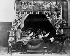 Opium smokers who could afford it smoked in surroundings that were as placid as they were elegant.