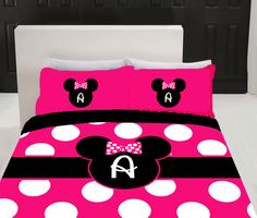 Minnie mouse bed rooms | ... Personalized Hot Pink Minnie Mouse Duvet Cover and Pillowsham Bedding