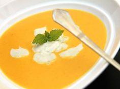 A tökéletes sárgarépa krémleves recept gorgonzolával: Isteni finom recept és még egyszerű is! Ilyen finom répalevest még biztosan nem kóstoltál! :)