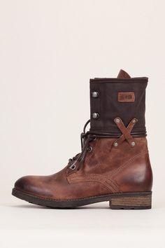 235483f82325 11 meilleures images du tableau Chaussures