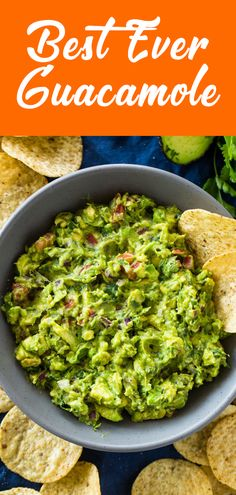 This guacamole is full of flavor and perfect as an appetizer for parties! simple guacamole healthy guacamole recipe guacamole recept guacamole recipe without cilantro authentic guacamole recipe guacamole recette guacamole wiki guacamole calories Guacamole Recipe Without Cilantro, Guacamole Recipe Easy, Fresh Guacamole, Avocado Recipes, Healthy Recipes, Authentic Guacamole Recipe, My Best Recipe, Appetizers For Party, Meals