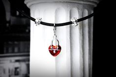 Elegant real leather choker necklace metal heart от SteampunkBDSM