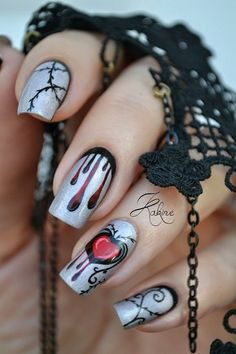 Spooky Halloween Nail Art Designs Halloween Nail Designs on Silver Base.Halloween Nail Designs on Silver Base. Cute Halloween Nails, Halloween Nail Designs, Halloween Make, Halloween Ideas, Halloween Kunst, Halloween Juice, Easter Nail Designs, Halloween Season, Halloween Decorations