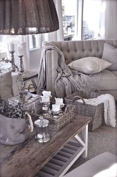 This is such an elegant and cozy living space. It's very romantic and inviting!