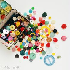 Am I the only one who can never find quite the right button I'm looking for? | EMMA LAMB #emmalamb #buttontin