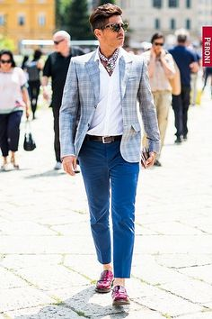 http://chicerman.com  billy-george:  Everything about this is a win  Milan Fashion Week Spring Summer 2016  Photo from Dmarge  #streetstyleformen