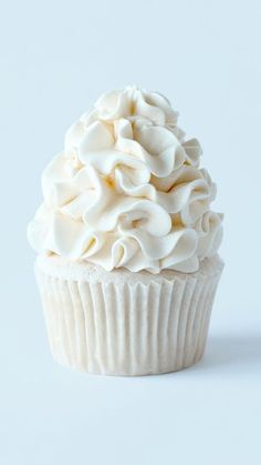 Recipe with video instructions: Mirror, mirror on the wall ... which is the tastiest white chocolate cupcake of them all? Ingredients: 429g all-purpose flour, 265g caster (superfine) sugar, 1/2 tsp salt , 3 tsp baking powder, 375ml of milk, 125ml vegetable oil, 125g unsalted butter, softened, 2 tbsp Greek yogurt (can substitute with sour cream), 1 tsp vanilla extract, 2 large eggs, 4 drops Americolor white food gel. [OPTIONAL], Frosting:, 1 batch fluffy White choc ganache frosting, 4 dro...