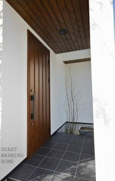 Sensitive porch design plans browse around this site Entrance Gates, House Entrance, Door Design, House Design, Japanese Door, Porch Kits, Building A Porch, Home Improvement Loans, Modern Tiny House