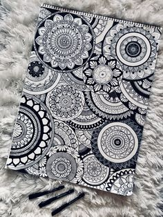 Original free hand 🤩You are in the right place about mandala art design Here we offer you the most beautiful p Doodle Art Drawing, Zentangle Drawings, Mandala Drawing, Cool Art Drawings, Zentangle Patterns, Art Drawings Sketches, Doodle Patterns, Drawing Ideas, Zentangle Art Ideas