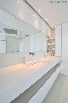 All white design bathroom, lavabo Antonio Lupi. Minimal Bathroom, Simple Bathroom, Modern Bathroom, Master Bathroom, All White Bathroom, White Bathrooms, Bathroom Taps, Bad Inspiration, Bathroom Inspiration