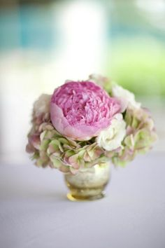 pink peonies and hydrangeas, photo credit: Blink of an Eye Photography